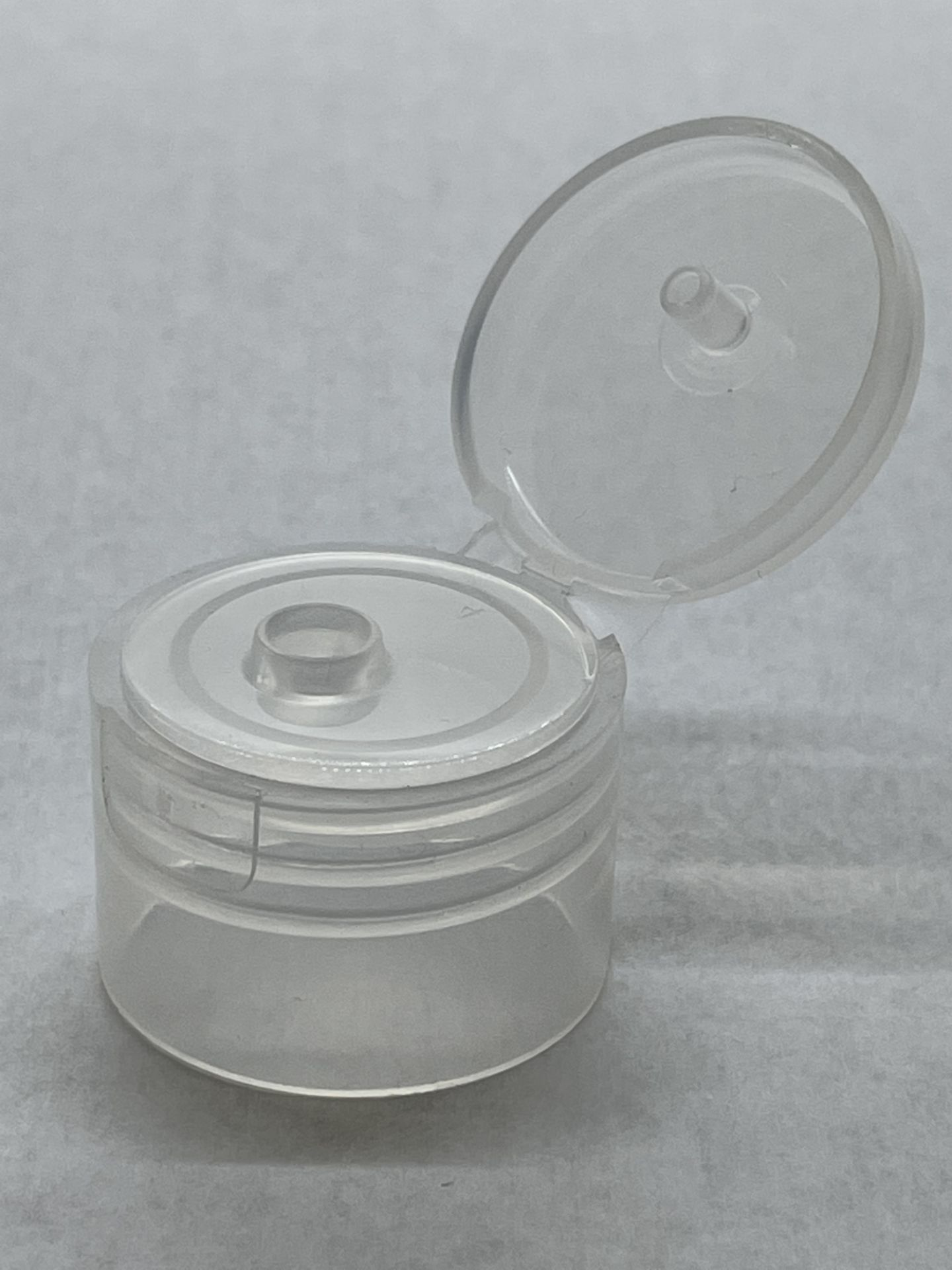 128,000 - Clear Flip Bottle Caps for 4oz and 8oz bottle, 24-410.