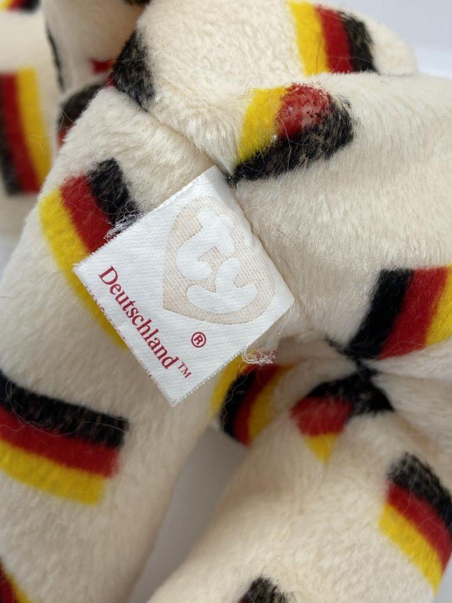 Ty Beanie Babies Deutschland, Germany Flag Bear, 2003 PE Pellets, w/o Hang Tags - Image 5 of 6