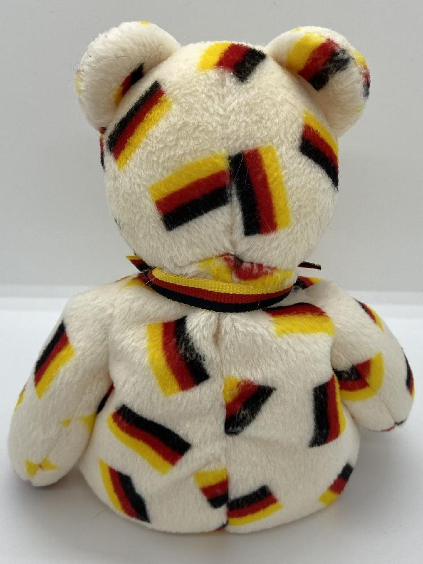 Ty Beanie Babies Deutschland, Germany Flag Bear, 2003 PE Pellets, w/o Hang Tags - Image 3 of 6