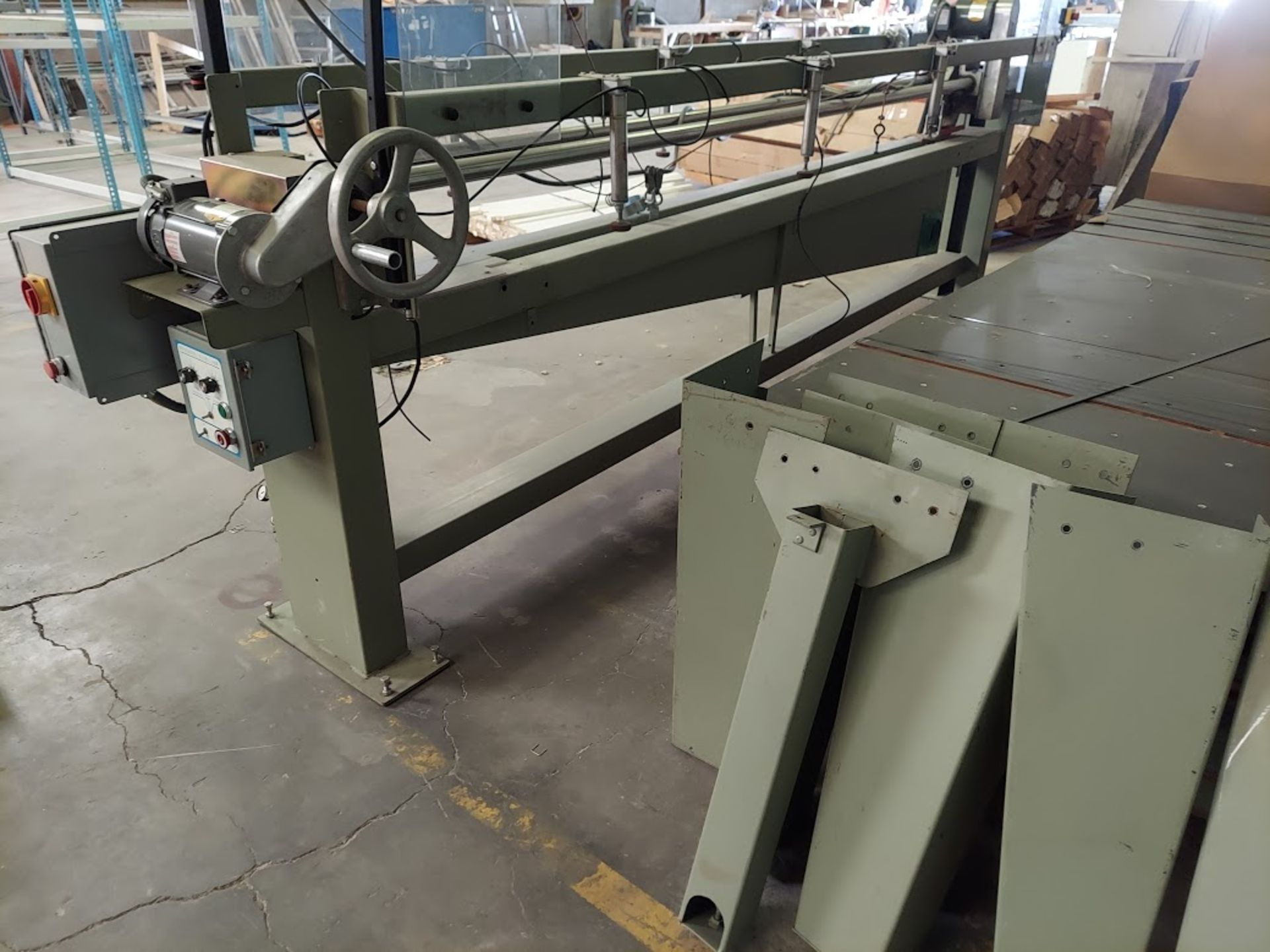 """Peterson 12"""" Panel Saw, 3 HP, 230/460 Volt 3 Phase, Pallet of Infeed and Outfeed Tables, Pneumatic - Image 2 of 9"""