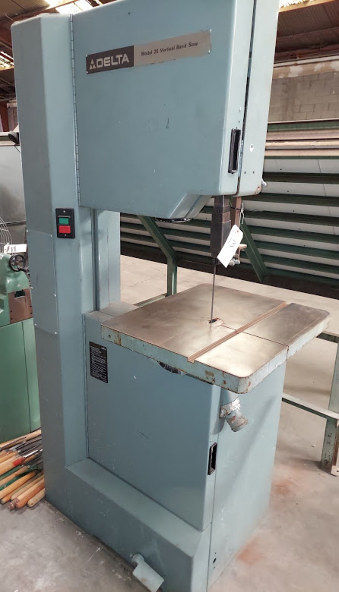 """Delta 20"""" Wood Cutting Bandsaw, Model #28-654, 2 HP 230 Volts 3 Phase, 2 Step Pully - Image 2 of 6"""