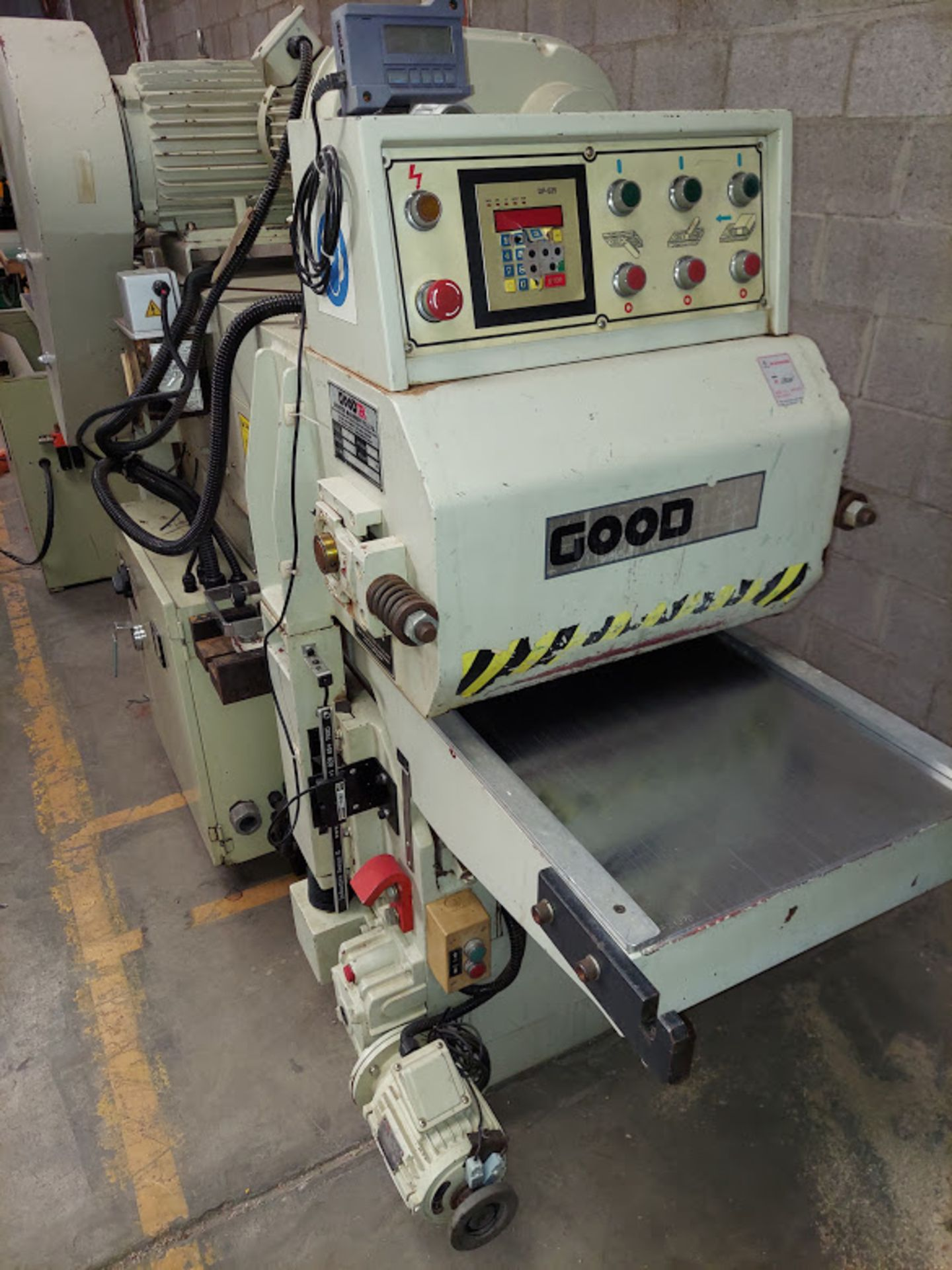 "Good Tek GT-400B Two Sided Planer, Top & Bottom 16"" Spiral Cutterheads, 10 Hp 230/460 Volts Top - Image 2 of 7"