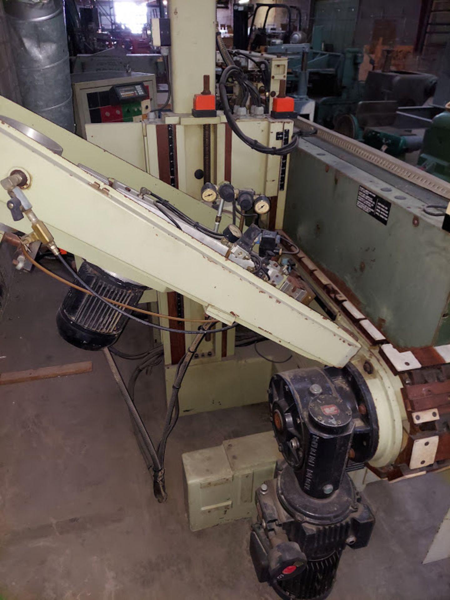 SCMI Center Machine, Model #Center, 1 - Shaper Head 230 Volt 3 Phase, Sanding Station, Power Feed - Image 5 of 7