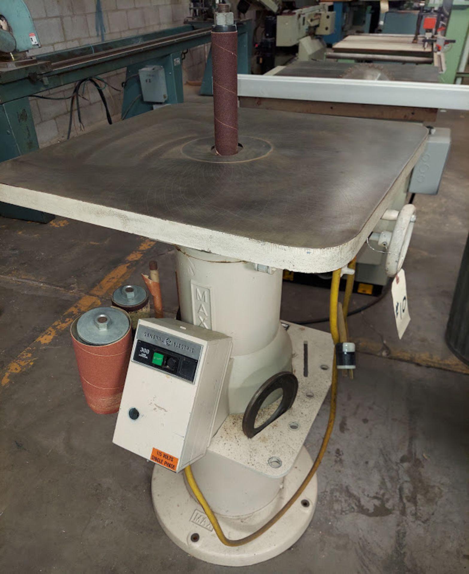 Max Industrial Oscillating Vertical Spindle Sander, Model #VSI-15, 5 - Spindles & Plates, 115 Volts