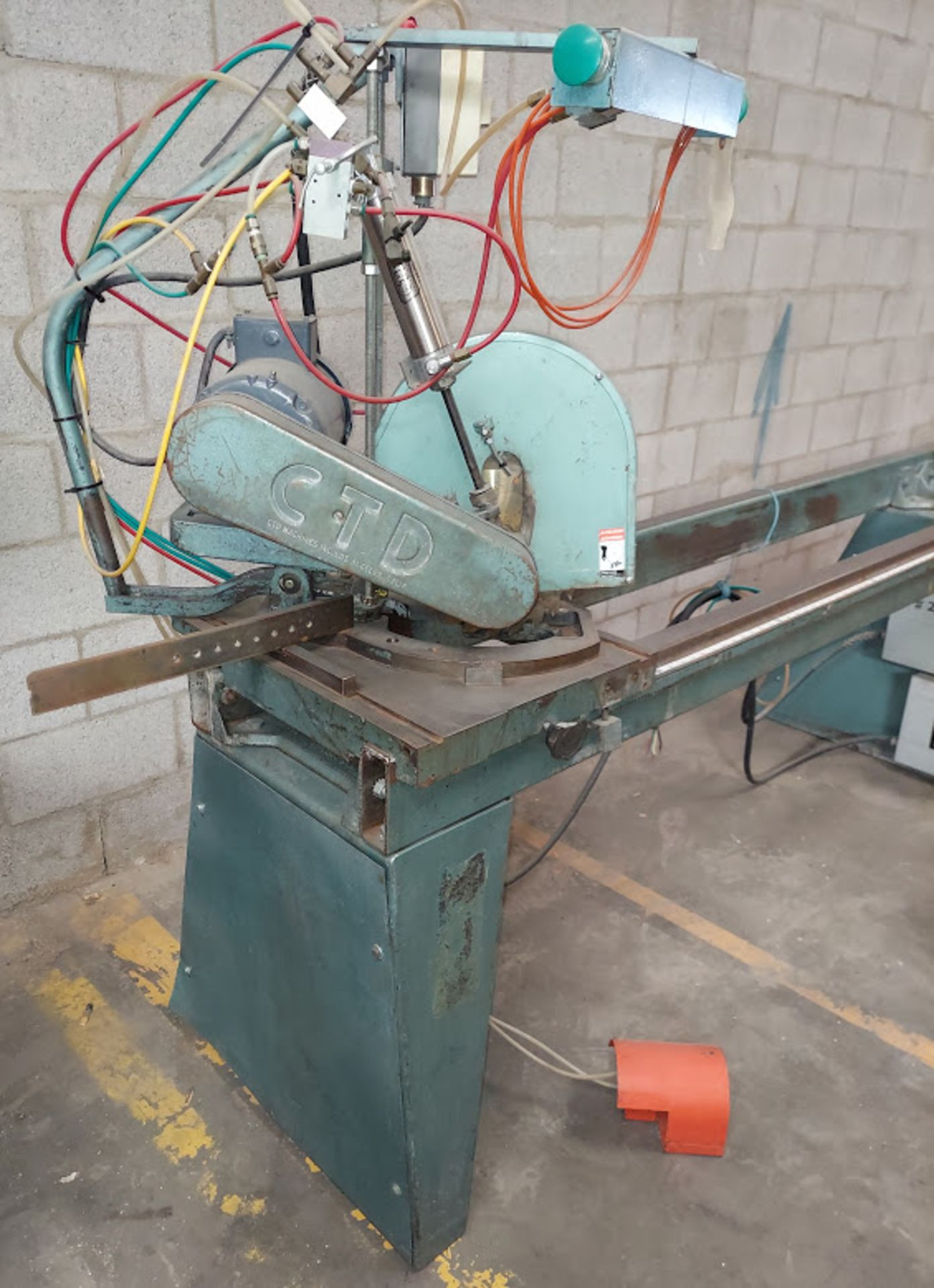 "CTD 12"" Double End Trim & Miter Saw, Model #DM200, 2 - Baldor 2 HP 230/460 Volts 3 Phase - Image 6 of 6"
