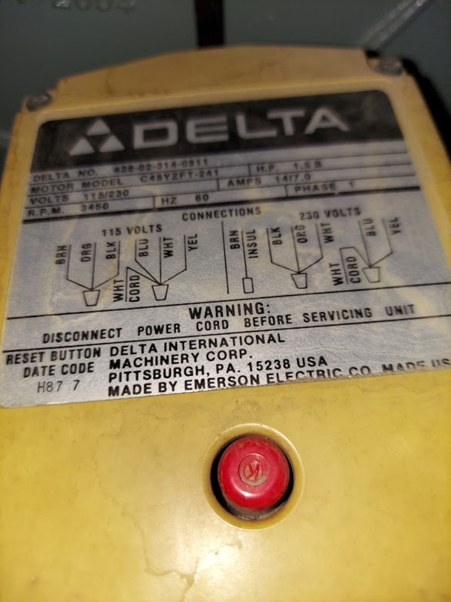"""Delta 12"""" Radial Arm Saw, Model #33-890 115/230 Volts 1 Phase Motor - Image 3 of 3"""