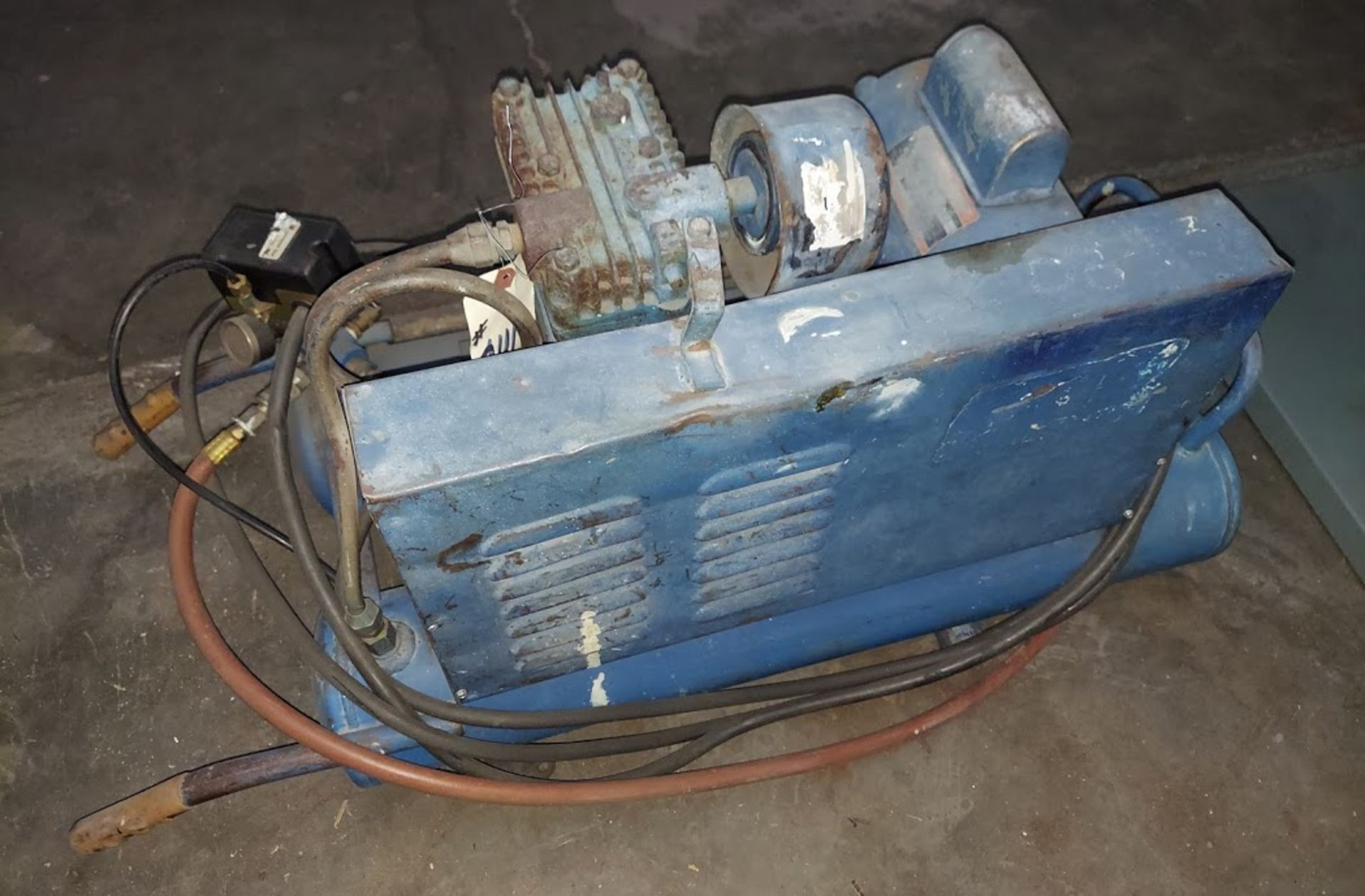 Emglo Electric Air Compressor, 1.5 HP 115 Volts - Image 3 of 3