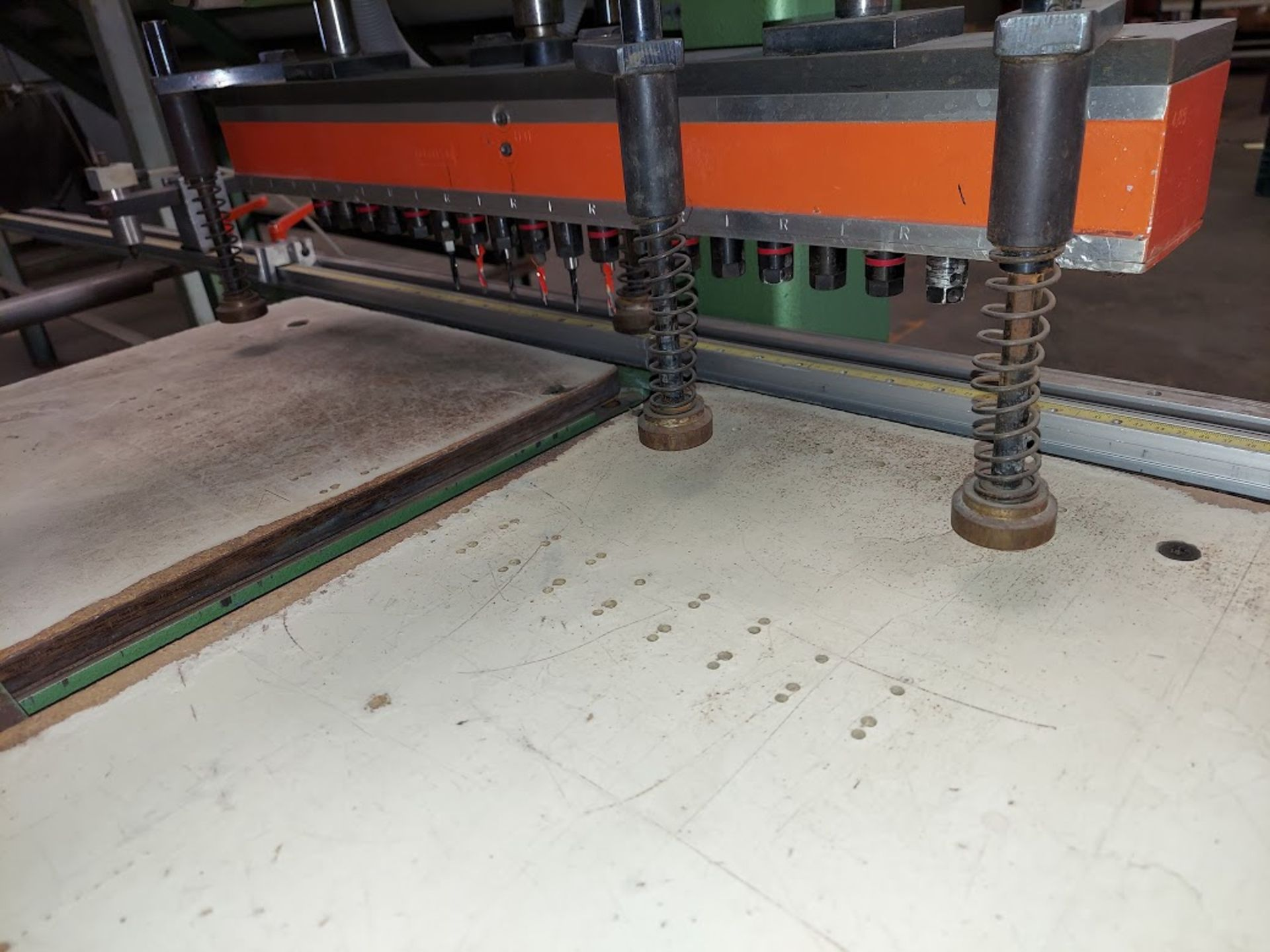 Ayen 21 Spindle Line Boaring Machine, Model #LRB 32-21, 230 Volts 3 Phase, Pneumatic foot peddle, - Image 3 of 5