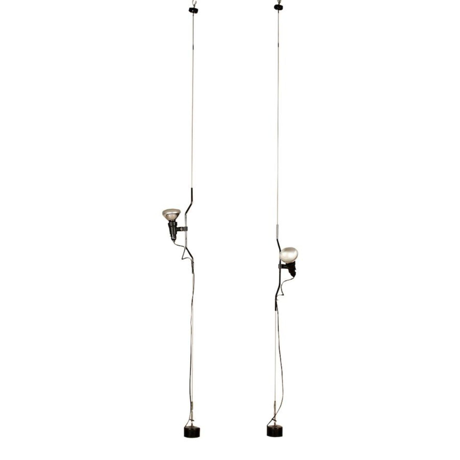 ACHILLE CASTIGLIONI & PIO MANZU' Coppia di lampade a sospensione in metallo modello Parentesi. March