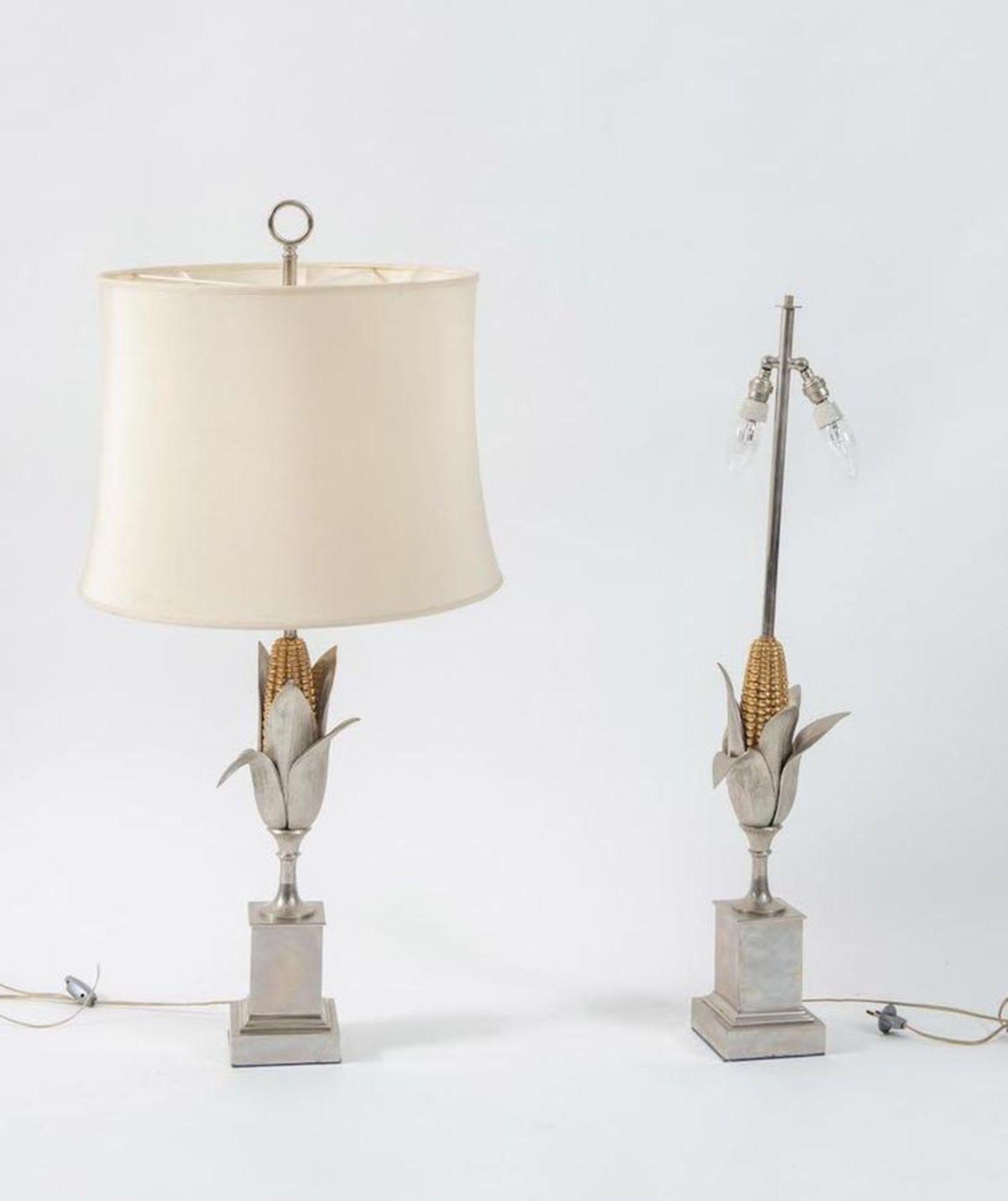 MAISON CHARLES, attr. Coppia di lampade da tavolo in metallo. Prod. Maison Charles Att. ,Francia, 19 - Bild 2 aus 3