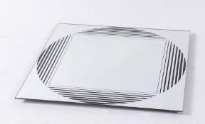 GIANNI CELADA Specchio in cristallo specchiato e metallo verniciato modello Brama. Prod. Fontana Art