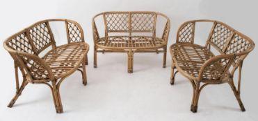 Tre divani a due posti in vimini e bamboo. Prod. Italia, 1970 ca. Cm 68x115x65.