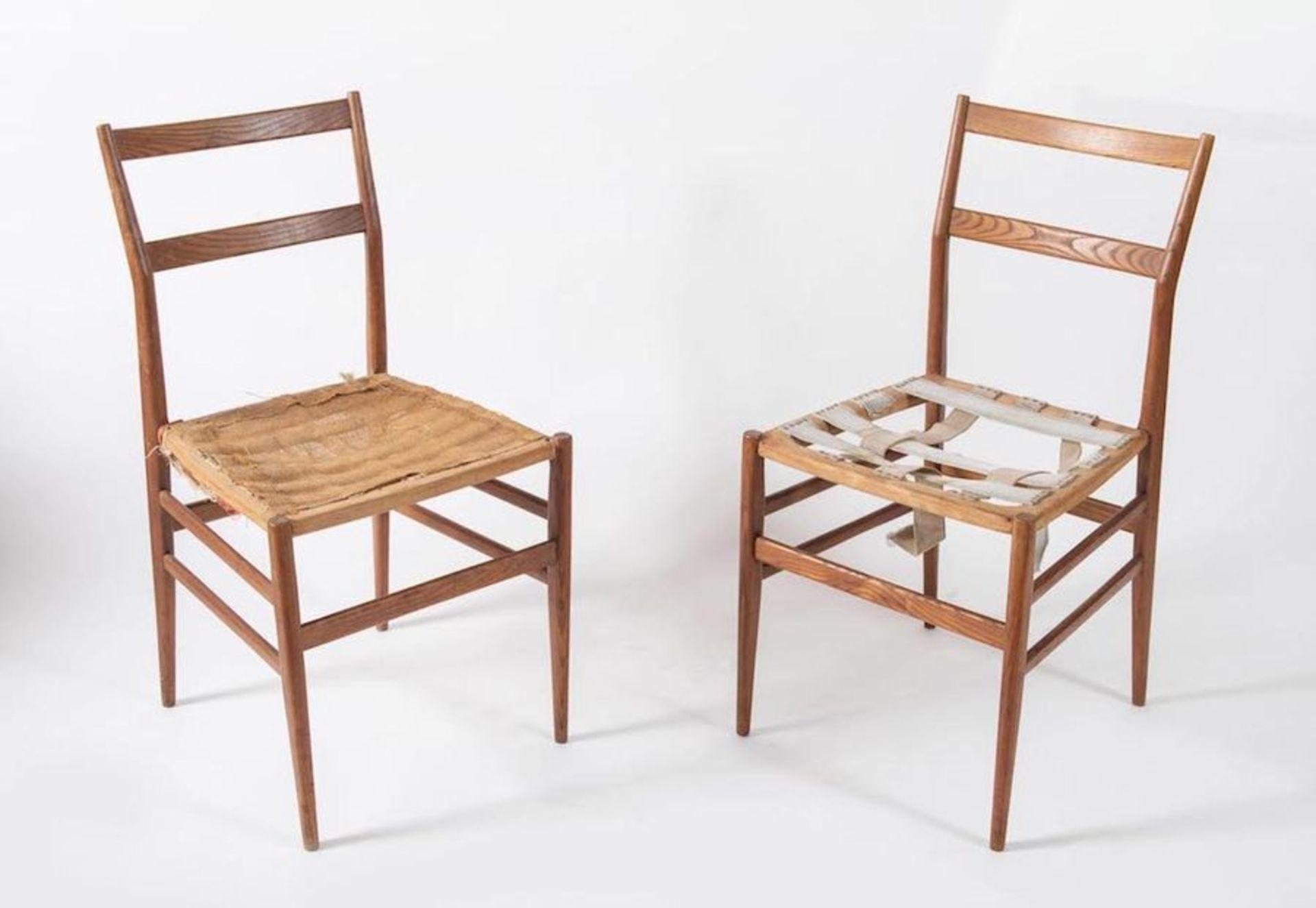 GIO PONTI Coppia di sedie in legno di frassino modello Leggera. Prod. Cassina, Italia, 1957 ca. Cada - Bild 2 aus 2