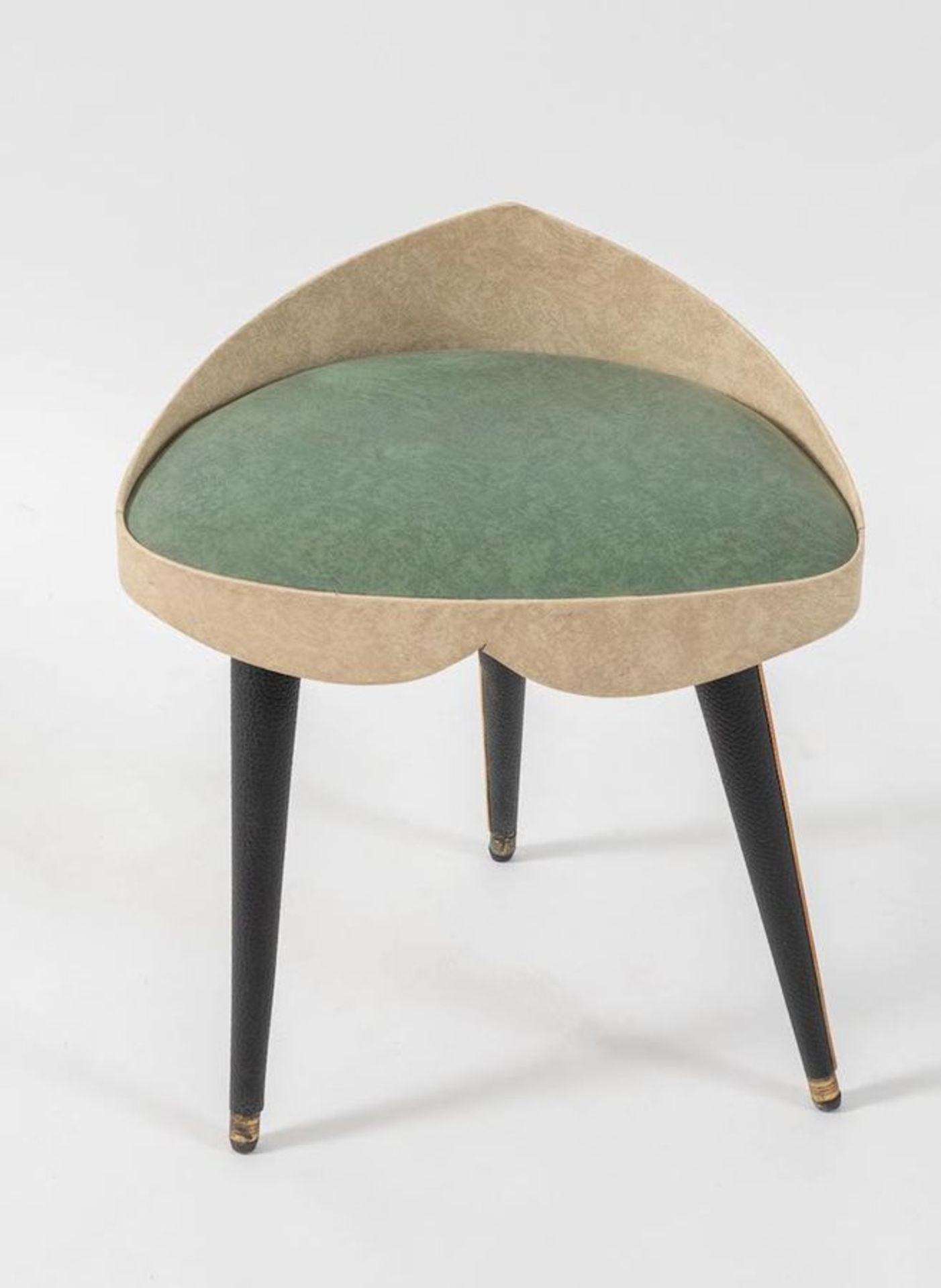 UMBERTO MASCAGNI, attr. Sgabello in legno rivestito in pelle. Prod. Umberto Mascagni Att., Italia, 1 - Bild 2 aus 3