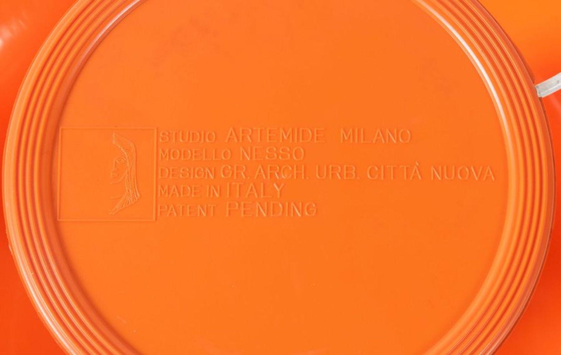 GIANCARLO MATTIOLI Lampada da tavolo in plastica ABS modello 'Nesso'. Marchio originale. Prod. Artem - Bild 3 aus 3
