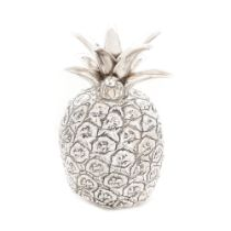 Italian workshop, Mid-century decorative piece, silver, in the shape of a pineapple