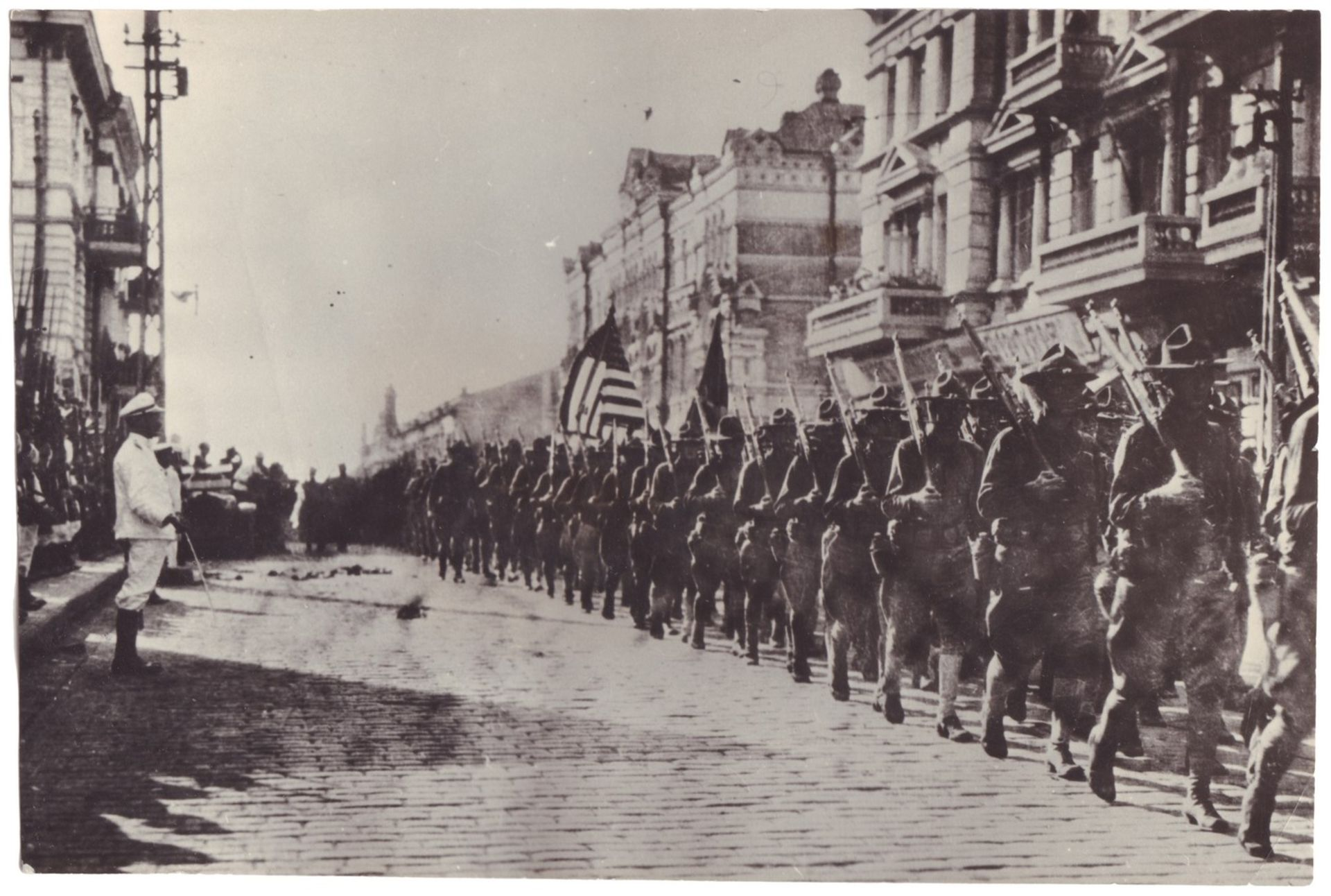Civil war and intervention. 17 photographs. 1917-1922. Late prints 1950s-1970s. From 16x11,7 to - Bild 4 aus 5