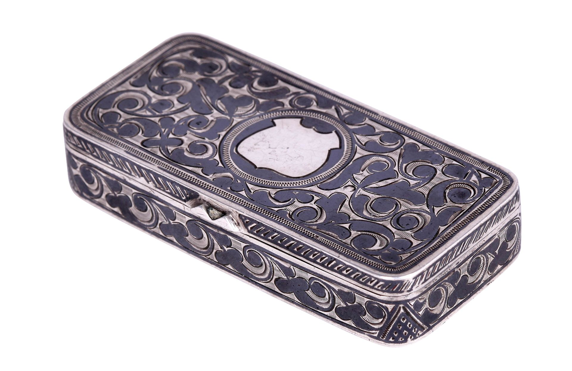 Silver pill box with floral ornament. The end of the 19th century. <br>Marks: 84 hallmark, head with