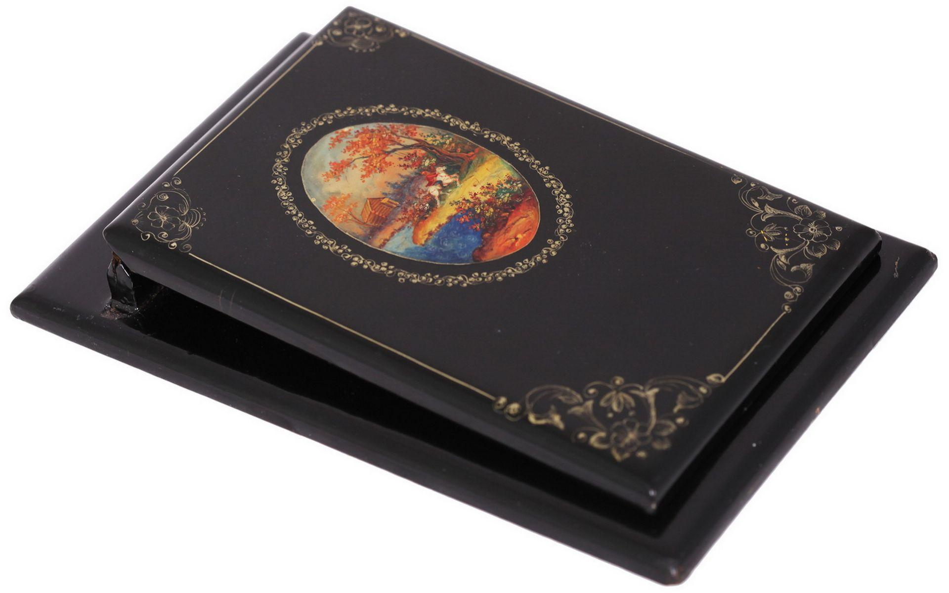 Russian black lacquered papier mache inkstand. - Mstyora, 20th century.<br>Hand painted. Inkstand: 8 - Bild 4 aus 7