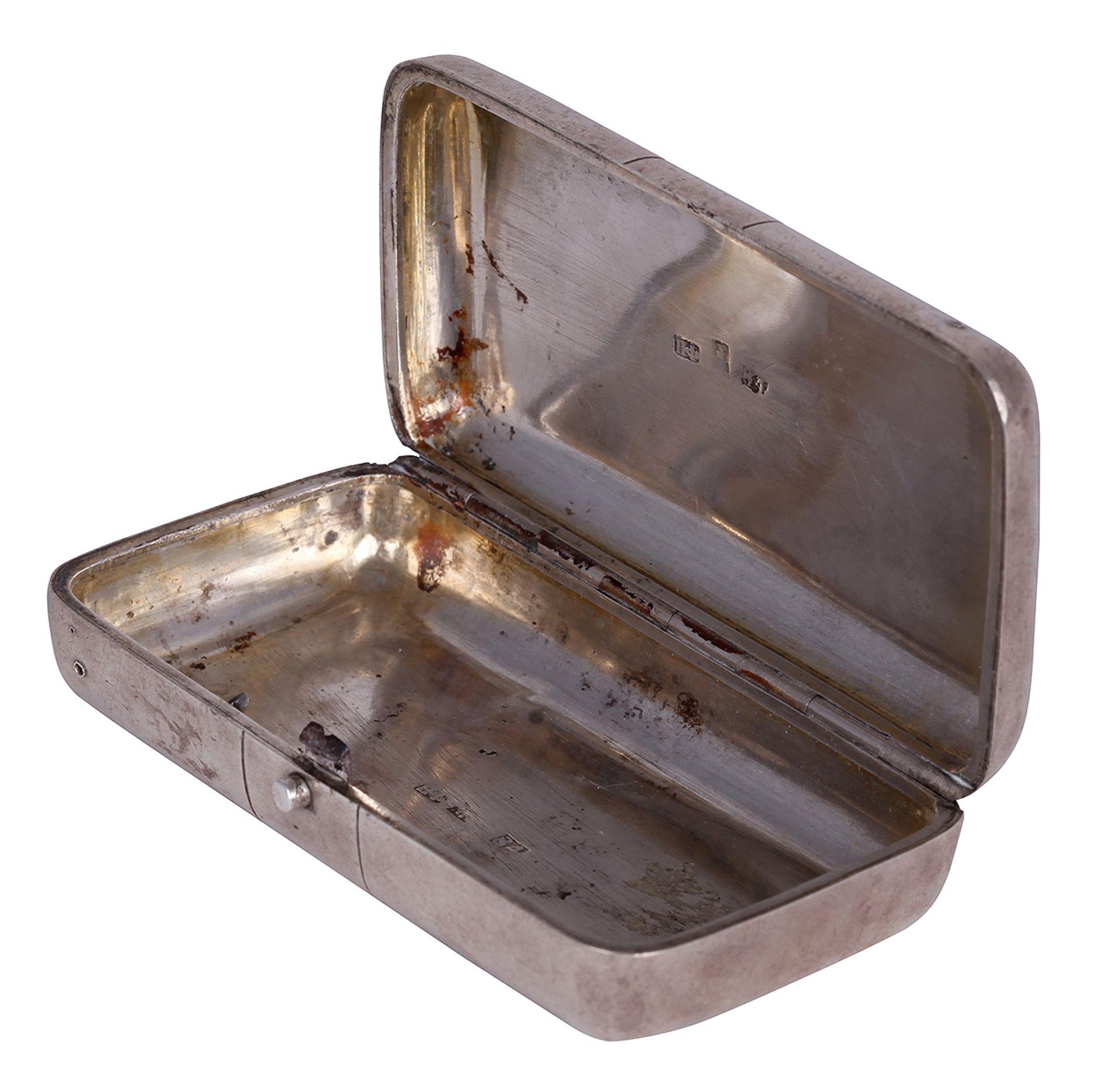 "Silver pill box. The end of the 19th century. <br>Marks: 84 hallmark, master's initials ""NF"". Dimens - Bild 3 aus 4"