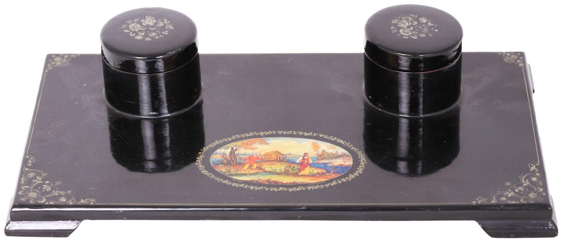 Russian black lacquered papier mache inkstand. - Mstyora, 20th century.<br>Hand painted. Inkstand: 8 - Bild 3 aus 7