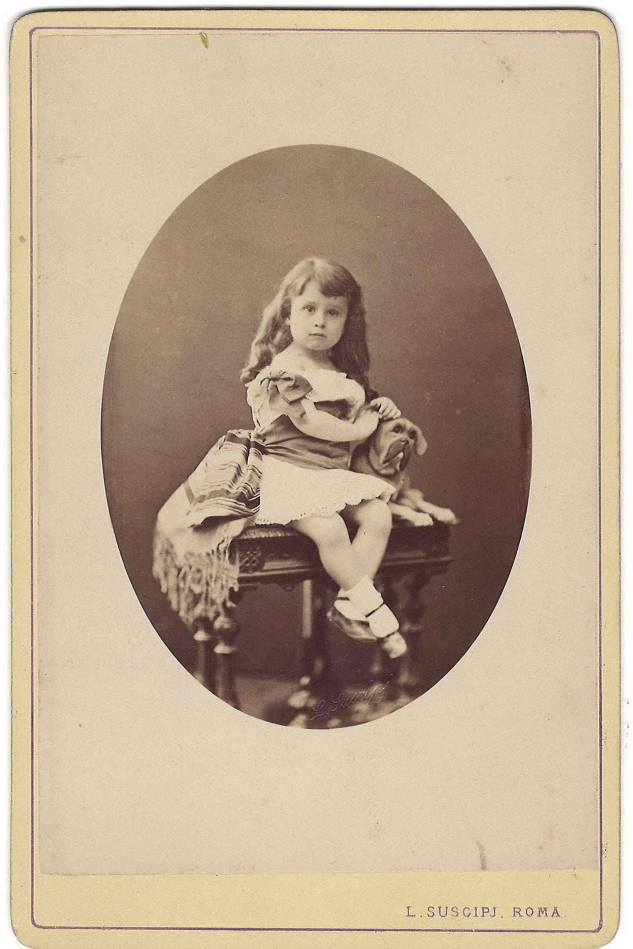Cabinet portrait of baron Henry de Cetto. Photograph. Author's print. [1880]. 16,5x10,8 cm.<br>Album