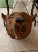 A LARGE WALL MOUNTED BEAR'S HEAD (A/F ON ONE EAR) LENGTH 42CM