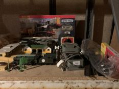 A LARGE QUANTITY OF MODEL RAILWAY ITEMS TO INCLUDE HORNBY, METAL TRAINS AND TRACK ETC