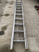 A LYTE EXTENDING LADDER 20 TREADS - NO VAT