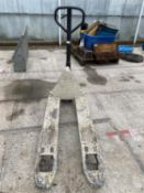 A CROWN PALLET TRUCK +VAT