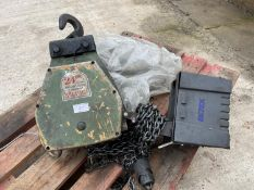 A FELCO ELECTRIC HOIST BELIEVED WORKING - NO WARRANTY +VAT