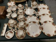 A 35 PIECE SET OF ROYAL ALBERT 'OLD COUNTRY ROSES' TO INCLUDE SIX TRIOS