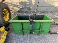"A TRANSPORT BOX TO FIT A COMPACT TRACTOR 42"" WIDE - NO VAT"