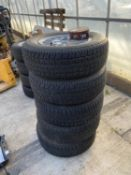 A SET OF FIVE MARK 1 FORD GRANADA GHIA WHEELS & TYRES WITH CORRECT WHEEL NUTS & CENTRES - NO VAT