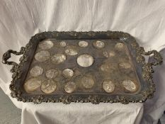 A LARGE ORNATE TWIN HANDLED SILVER PLATED DRINKS TRAY 45CM X 69CM