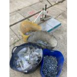 A HOFFMAN MU 2 ROUTER AND FOUR TUBS OF NUTS AND BOLTS NO VAT