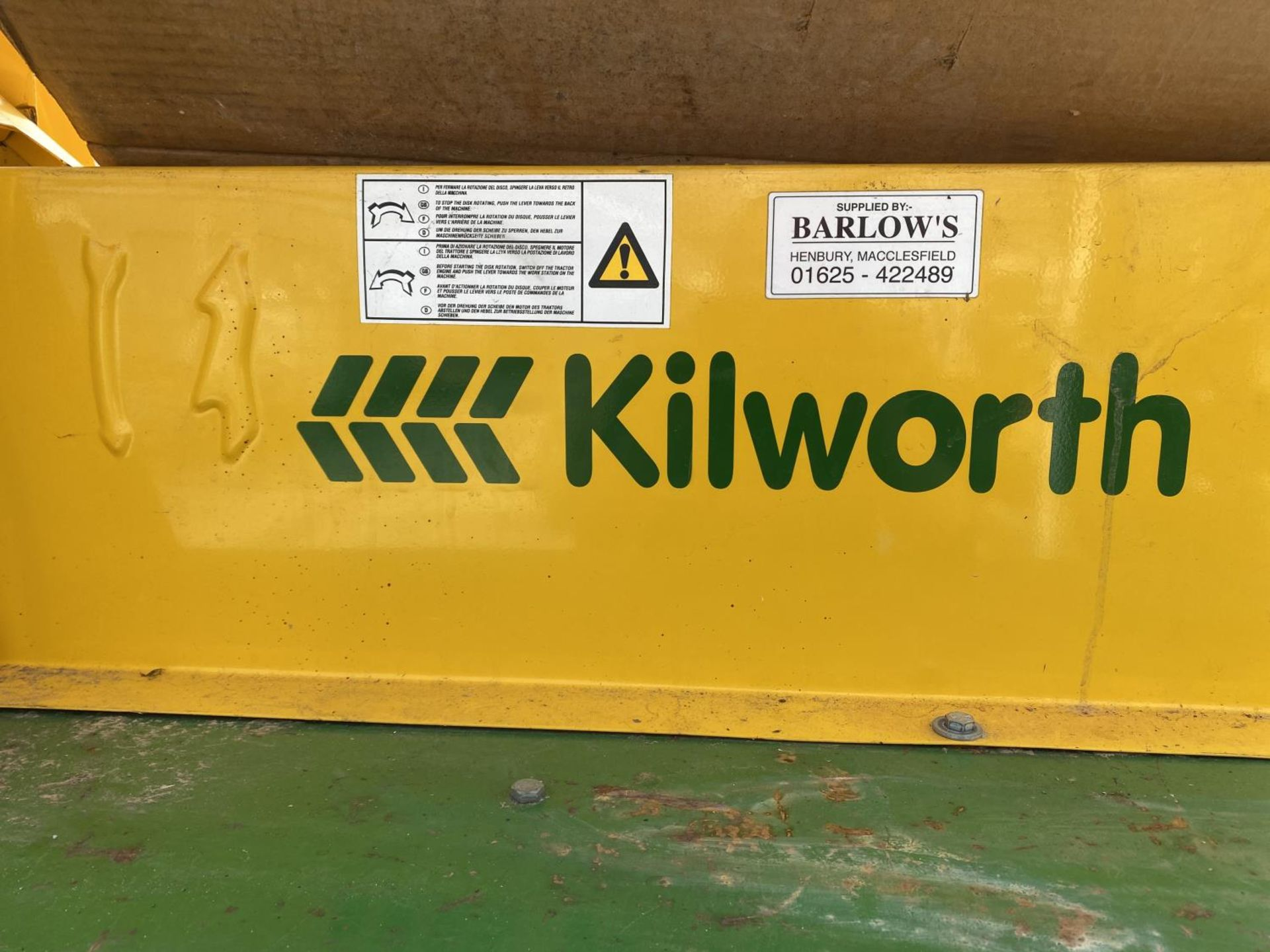 A KILWORTH PTO DRIVEN SAW BENCH AND BLADE BELIEVED WORKING NO WARRANTY + VAT - Image 4 of 4