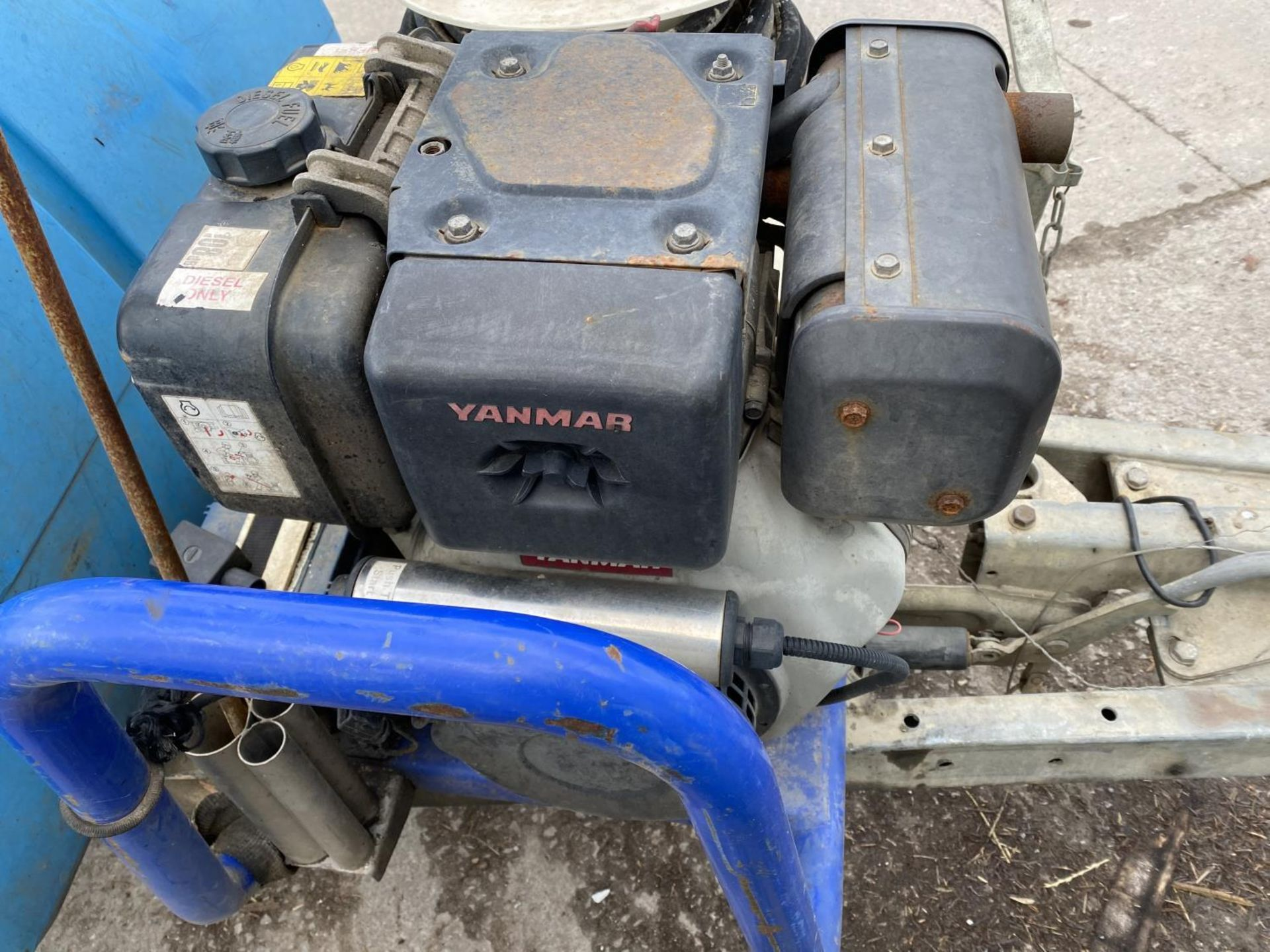 A MOBILE JET WASHER WITH DIESEL ENGINE BELIEVED WORKING NO WARRANTY - NO VAT - Image 3 of 5