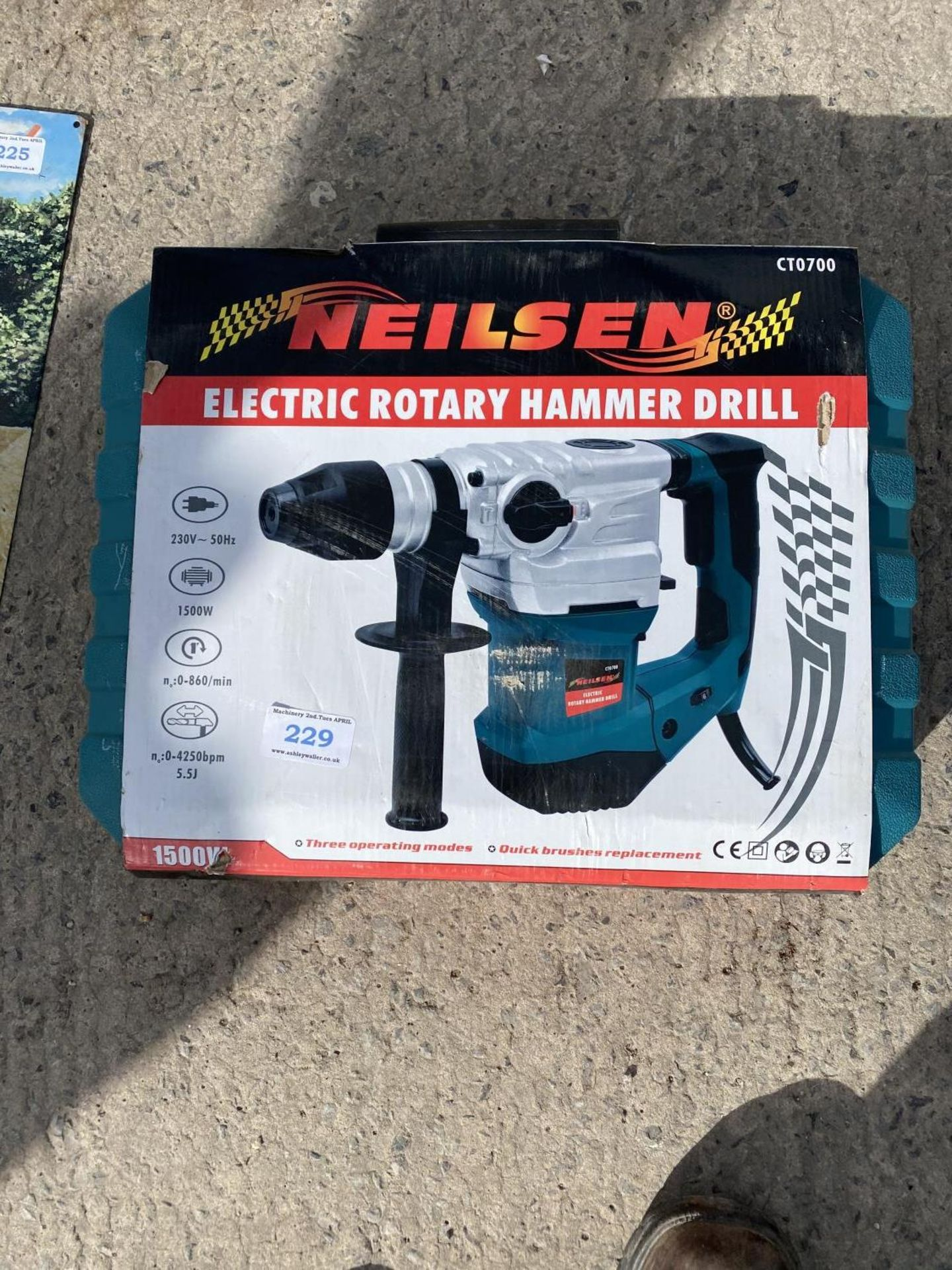 ELECTRIC ROTARY HAMMER DRILL + VAT
