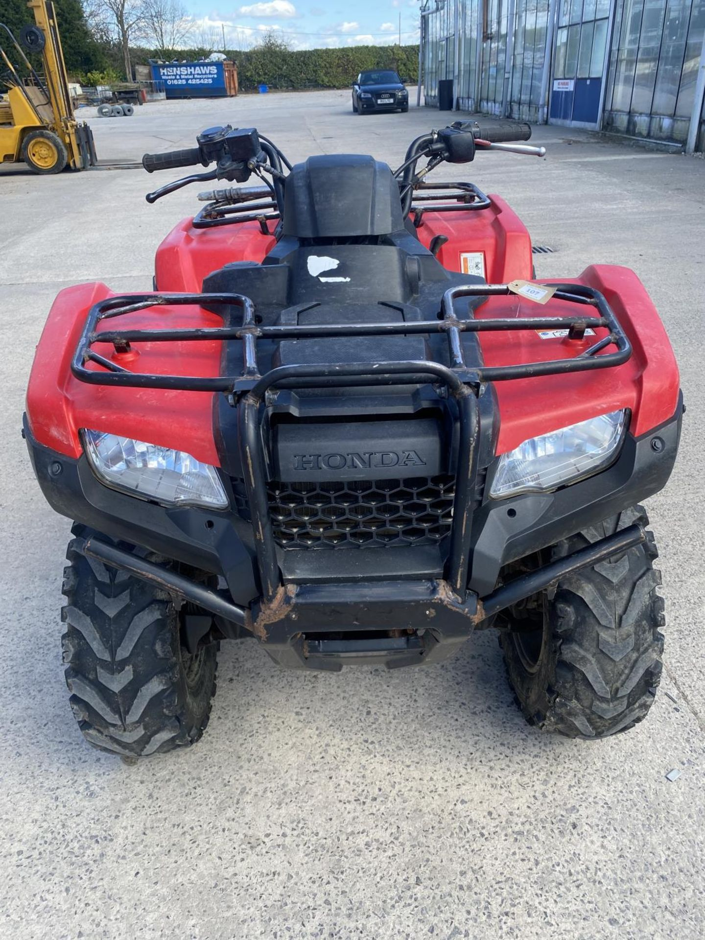 A 2017 HONDA TRX 420 QUAD BIKE - SEE VIDEO OF VEHICLE STARTING AND RUNNING AT https://www.youtube. - Image 3 of 10