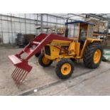 A DAVID BROWN 995 TRACTOR WITH FORE END LOADER AND MANURE FORK 3779 HOURS - IN GOOD WORKING