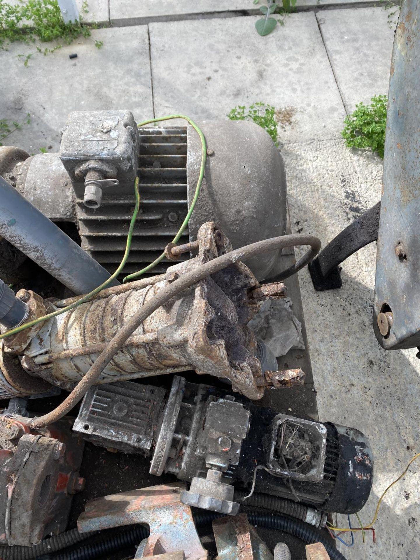 A PALLET OF MOTORS + VAT - Image 3 of 4