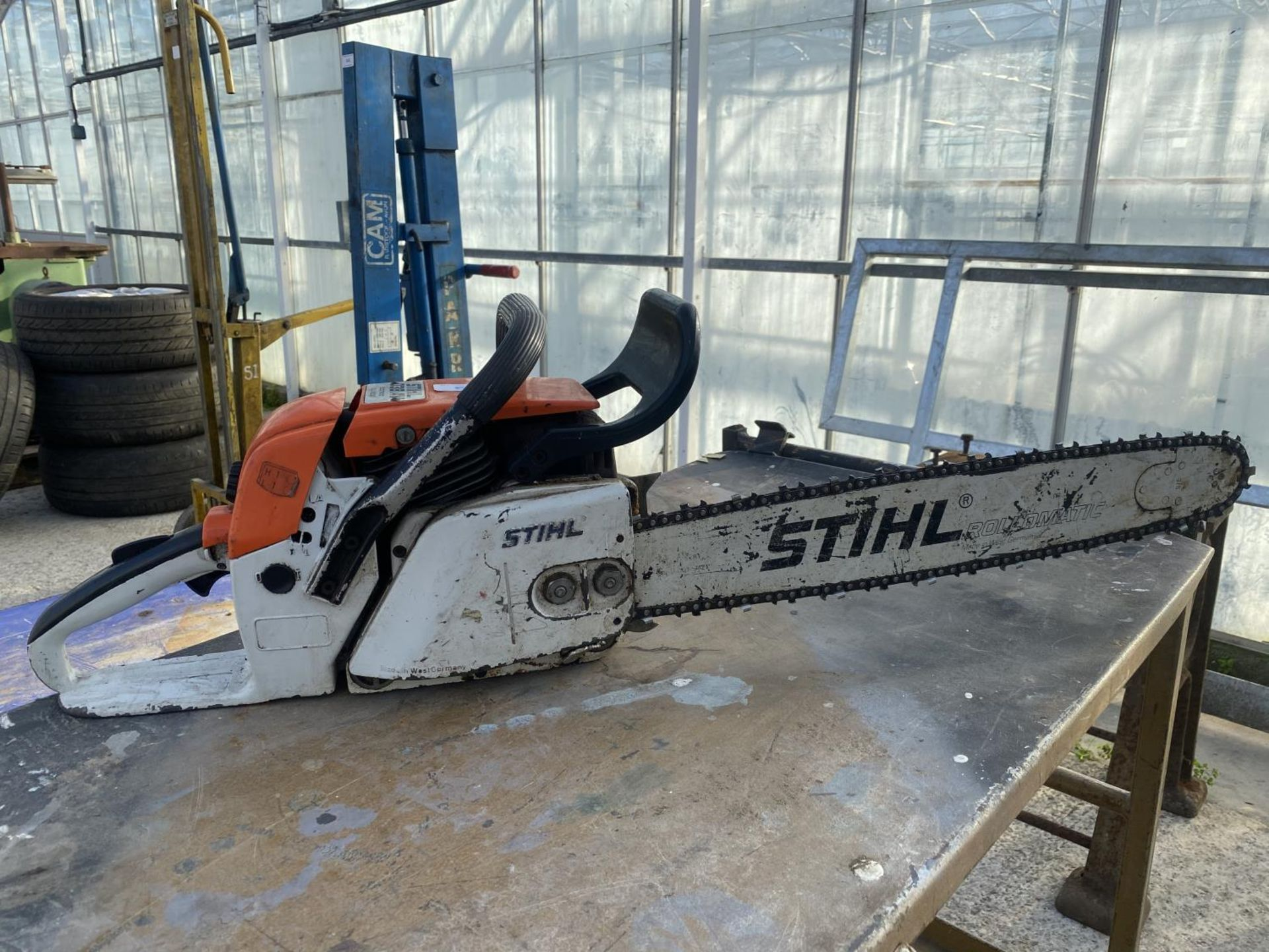 A STHIL 038 AV ELECTRONIC QUICKSTOP CHAIN SAW NO VAT