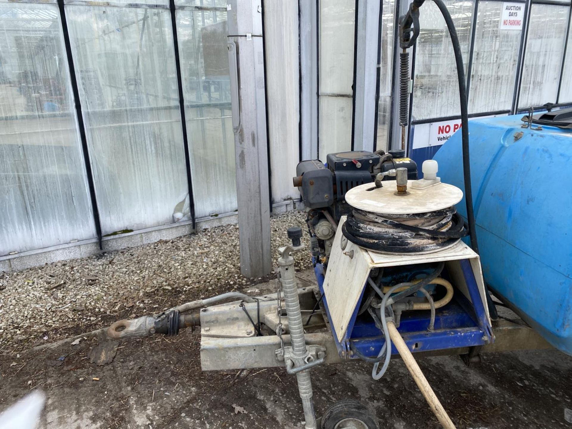 A MOBILE JET WASHER WITH DIESEL ENGINE BELIEVED WORKING NO WARRANTY - NO VAT - Image 2 of 5