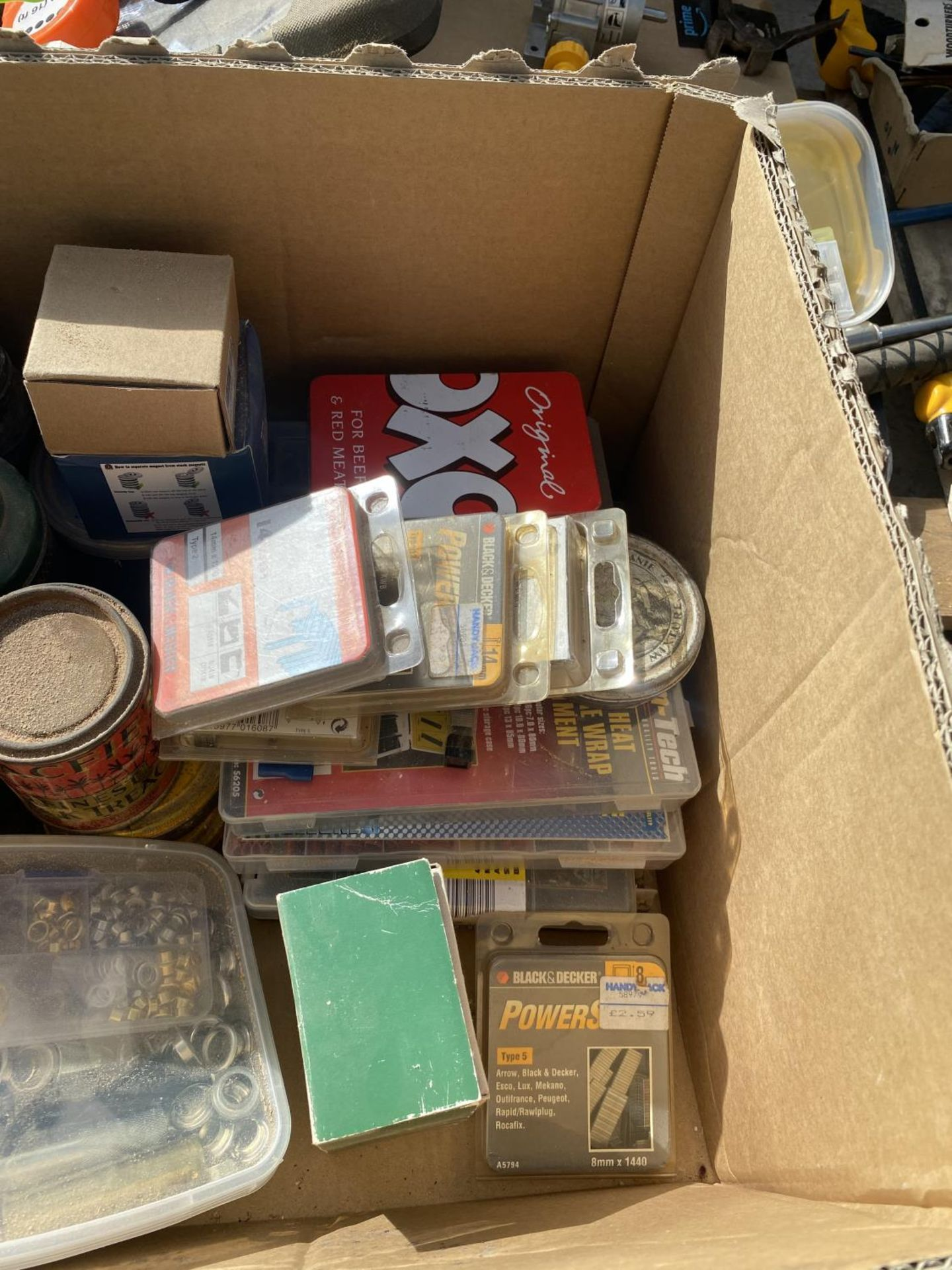 A BOX CONTAINING NUTS AND BOLTS, TERMINAL CONNECTORS, STRING ETC - Image 5 of 6