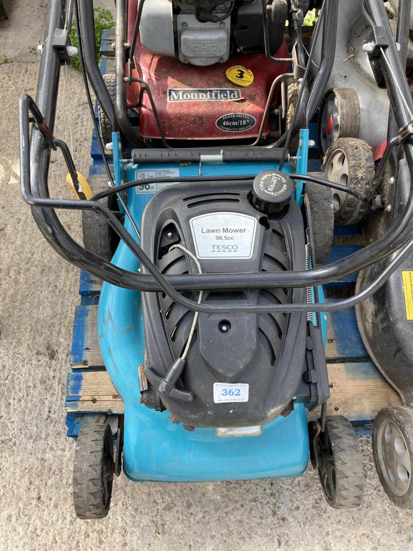 FOUR LAWNMOWERS TO INCLUDE TWO MOUTFIELD, A TESCO AND A WOLF GT 20SP + VAT - Image 2 of 5