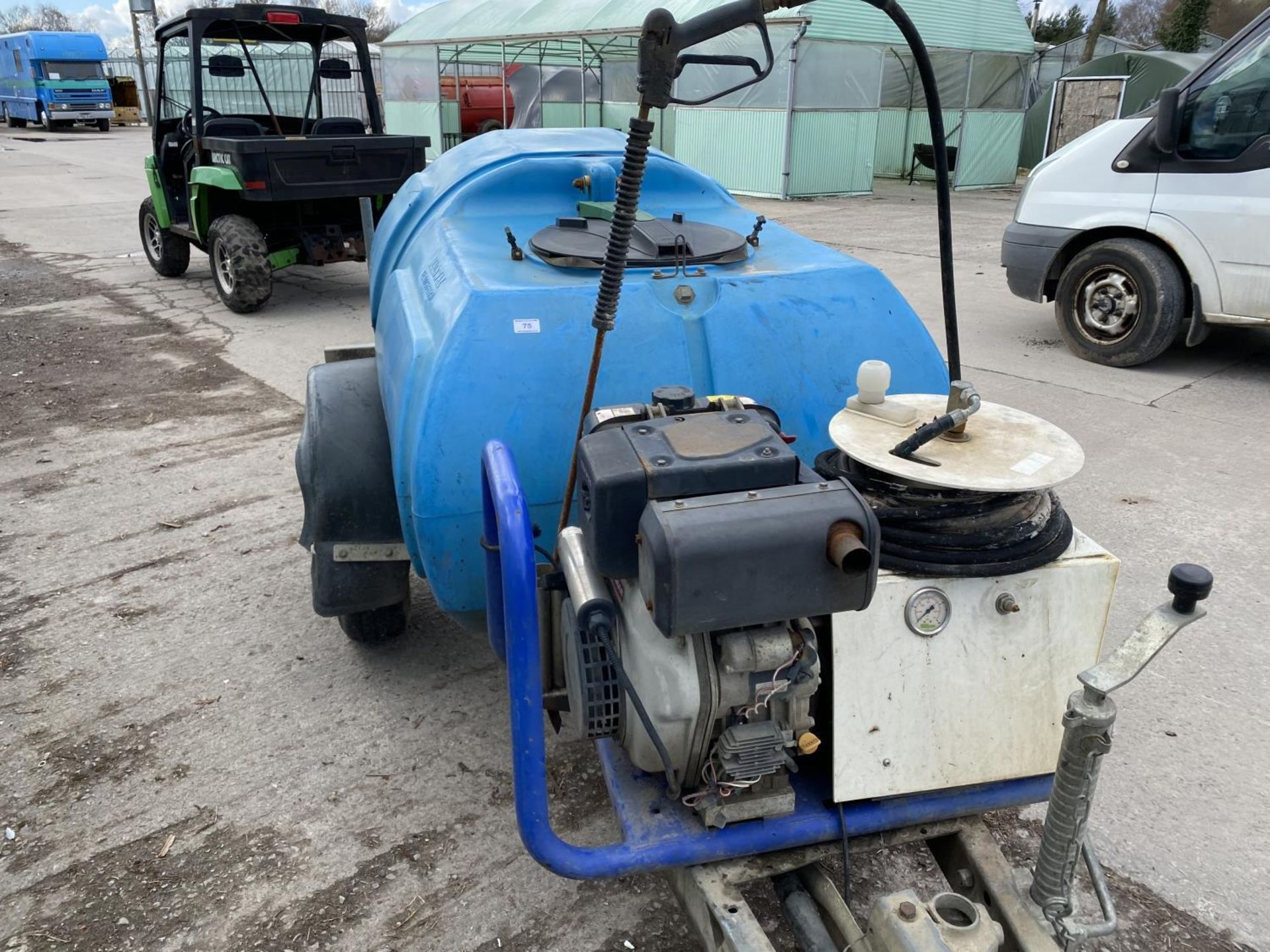 A MOBILE JET WASHER WITH DIESEL ENGINE BELIEVED WORKING NO WARRANTY - NO VAT - Image 4 of 5