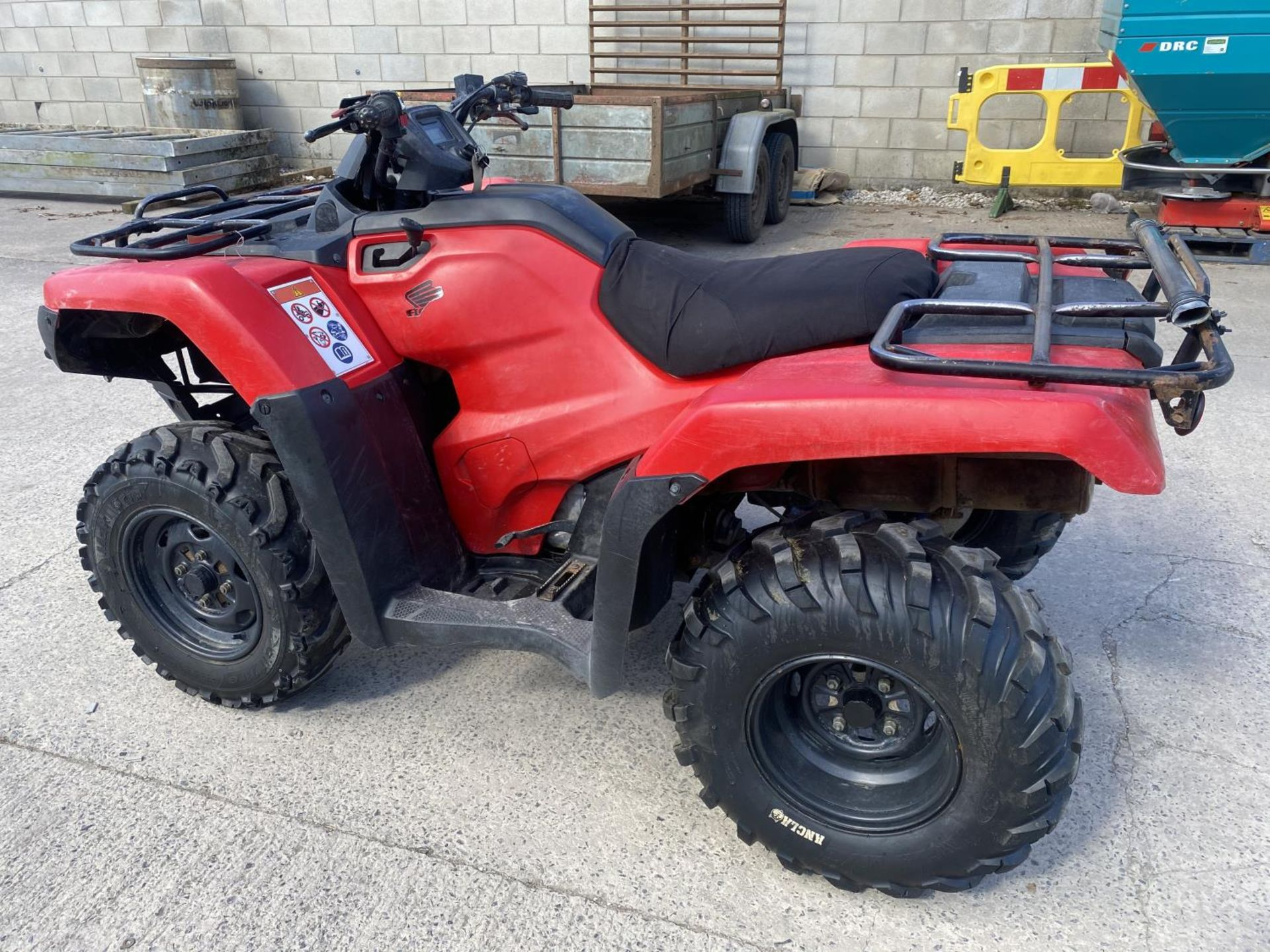A 2017 HONDA TRX 420 QUAD BIKE - SEE VIDEO OF VEHICLE STARTING AND RUNNING AT https://www.youtube.