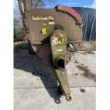 A MARSHALL 70 MANURE SPREADER WITH HYDRAULIC LID WORKING BUT NO WARRANTY + VAT