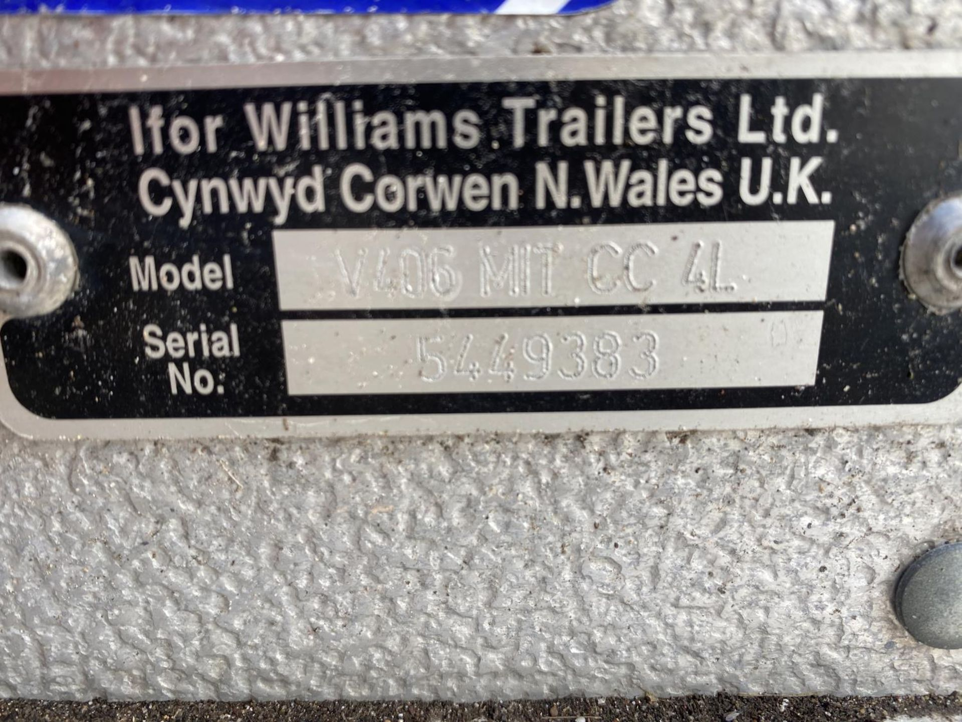 AN IFOR WILLIAMS PICK UP CANOPY - NO VAT - Image 3 of 3